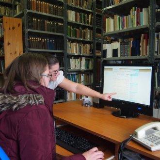 Kutatás a könyvtárban