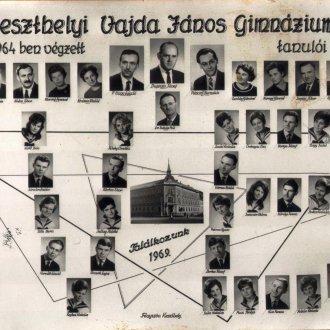 Érettségi tabló a keszthelyi Vajda János Gimnázium 1964-ben végzett tanulóival - közöttük Berkes József