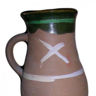 A kereszt (X) a boszorkányok rontását hivatott kivédeni - Tejesköcsög a Balatoni Múzeum néprajzi gyűjteményéből