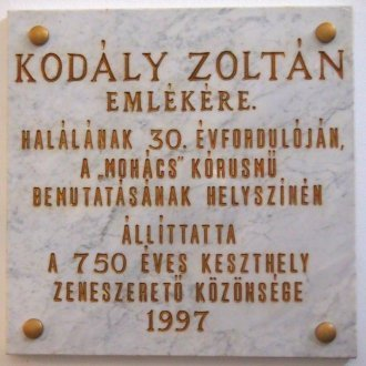 Emléktábla a Balatoni Múzeumban