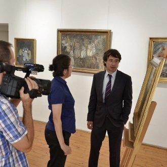 Balatont ábrázoló festményt ajándékoztak a Balatoni Múzeumnak