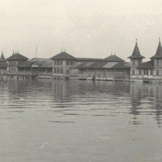A régi balatonfüredi fürdőház fényképe (Balatoni Múzeum fotótára)