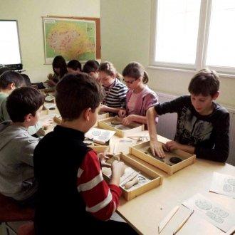Foglalkozás általános iskolásoknak