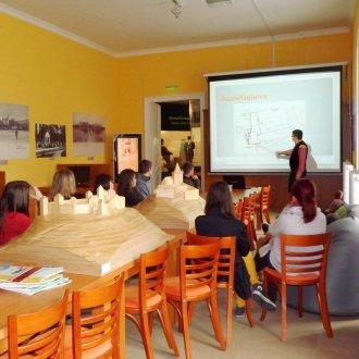 Interaktív előadás a középkori várakról