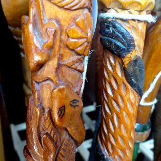 Kígyós pásztorbotok a Balatoni Múzeum Néprajzi gyűjteményből
